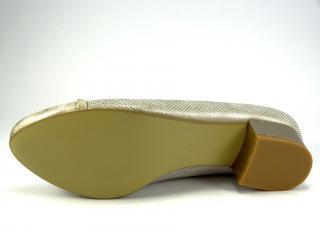 Lodička zlatá 930