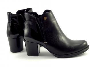 Karino 0940 dámská kotníková obuv lak