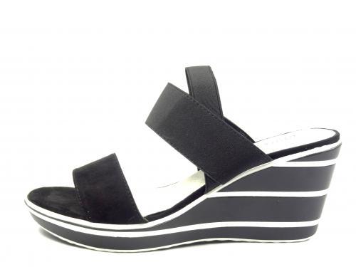 Aurelia černá letní obuv na klínku